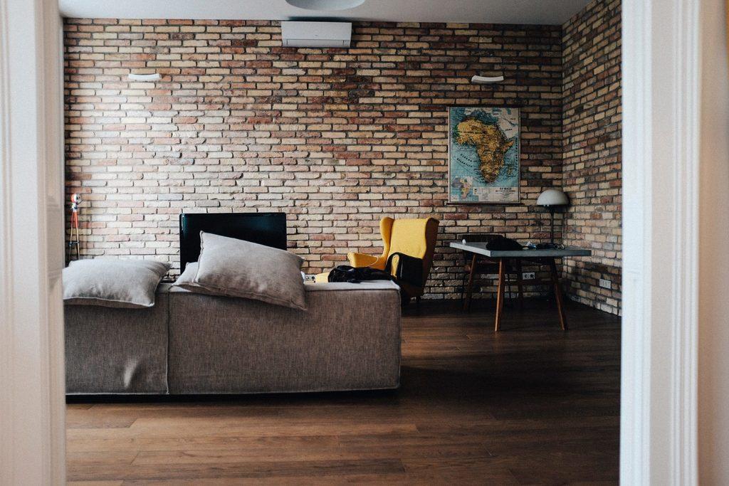 renewable energy body image 3 - insulated house